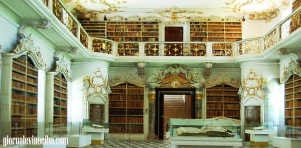 abbazia di novacella la biblioteca