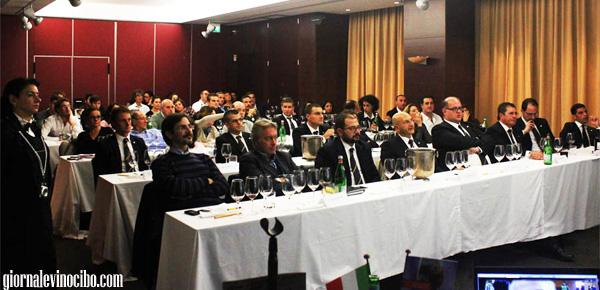 vini sicilaini mdaglia d'oro concours mondial 2013 tasting