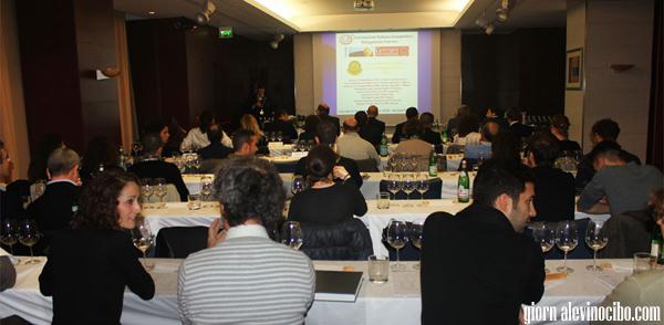 vini sicilaini mdaglia d'oro concours mondial 2013 tasting2