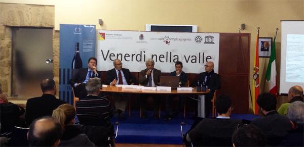 conferenza diodoros vino della valle