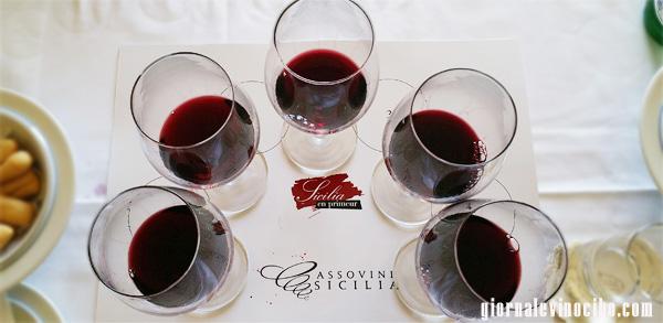bicchieri vino rosso giornalevinocibo