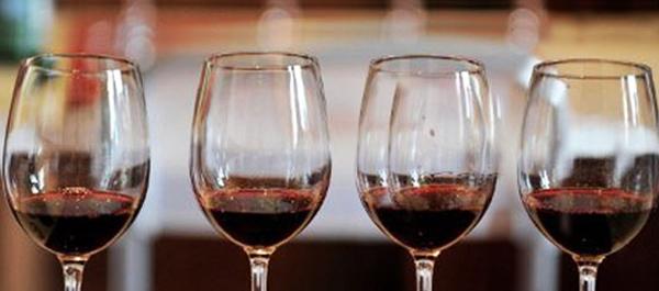 bicchieri vino rosso 2